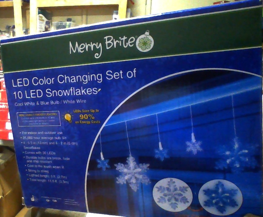 Merry Brite Led Color Changing Set Of 10 Snowflakes
